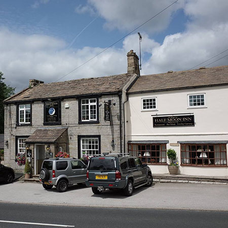 Half Moon Inn | Fellbeck